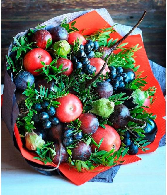 Овощной букет с виноградом