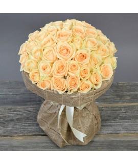 51 персиковая роза (60-70см)